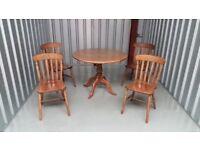 Round oak veneer Gillies kitchen table