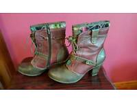 Mustang boots size 7