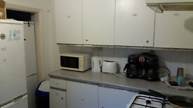 Double Bedroom to Rent £155 Per Week Including Bills HIGH WYCOMBE, BUCKS HP1 2 3BN