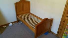 Mamas and Papas Ursula adjustable children's bed
