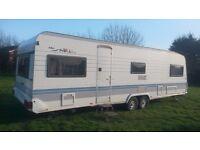 Hobby Prestige 720 Caravan