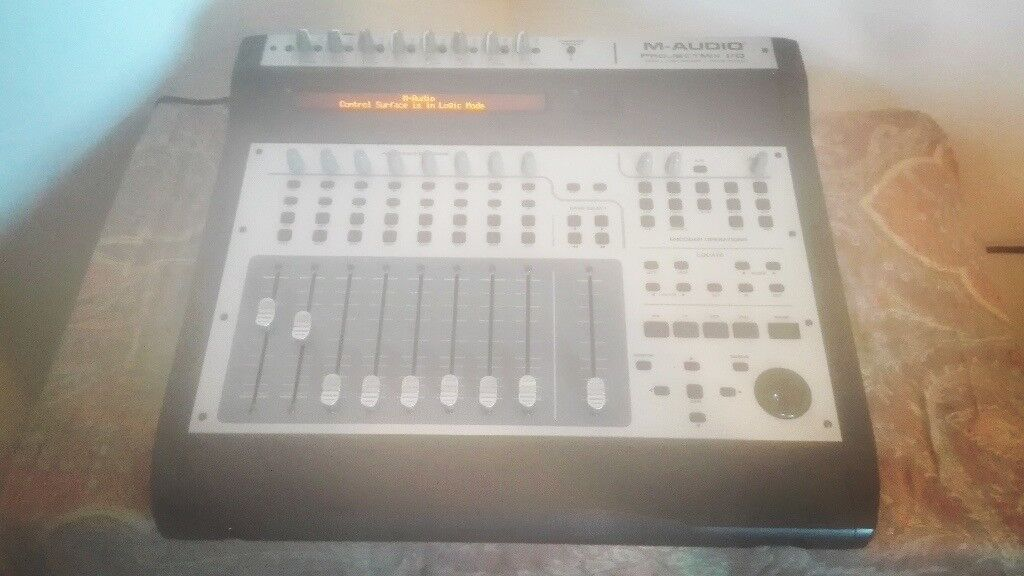 Mackie Project Mix i/o Multi Channel Mixing Desk