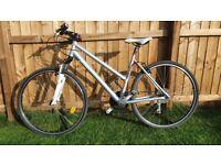 Women's hybrid bike Btwin Riverside, size L