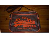 New without tags SUPER DRY MESSENGER BAG