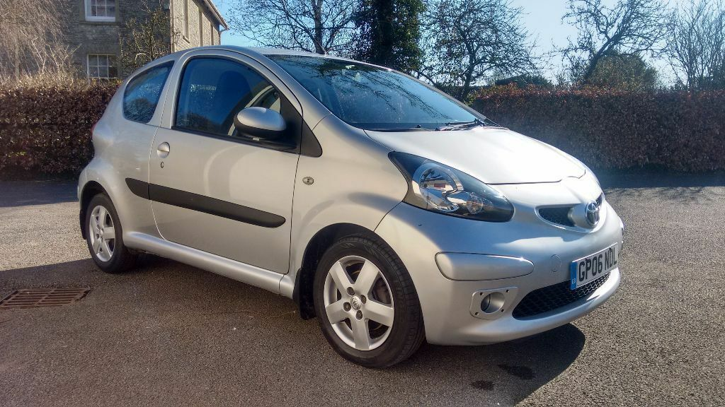 toyota aygo 1 0 sport 12 months mot low miles 20 tax c1. Black Bedroom Furniture Sets. Home Design Ideas
