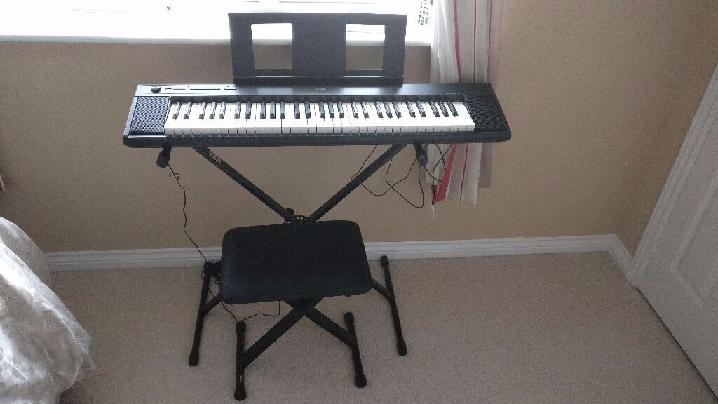 yamaha piaggero np12 portable digital piano keyboard. Black Bedroom Furniture Sets. Home Design Ideas