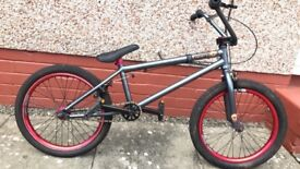 Perfect condition premium solo plus HD bmx, bought for £500