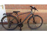 "Mens Specialised Crosstrail sport disc Bike 19"""