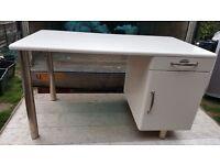 Desk malibu