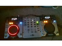 Boxed Pioneer CDJ400s pair / Numark DM2050 3 channel Mixer