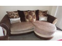 3+2 lovely dfs sofas brilliant condition