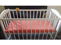 Small Baby Cot from 0 to 2 months with new mattress, only £11