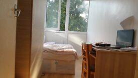 Single room in Roehampton near Putney Zone2 (bills inc)