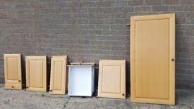 Various kitchen units/doors