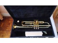 Trumpet. Boosey & Hawkes 400 Gold Lacquer in Hard case.