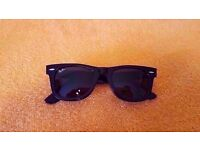 Ray Ban Sunglasses Wayfarer 2140 Black for sale in Brand new and Genuine Condition/rayban/sunglasses