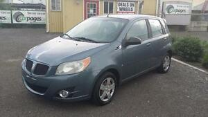 2009 Pontiac G3 Wave, Only 136000 KM.