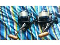 Two x TFGEAR fishing reels for sale