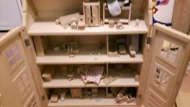 Dolls house. Zone game