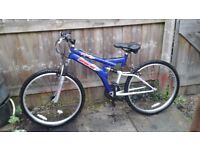 MEN'S 26 INCH WHEEL BIKE£45 POUND NO OFFERS NO TIME WASTER PLEASE /DELIVERY AVAILABLE