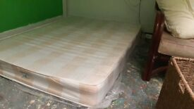 Very good ALMOST NEW MATTRESS