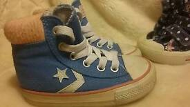 Converse all star and peppa pig shoe bundle infant girl size 5