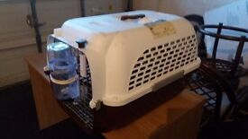Cage for cat or dog transportation (IATA approved)