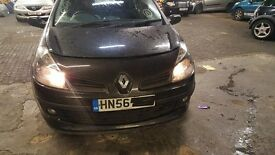 RENAULT CLIO 07 REG FRONT BUMPER IN BLACK COLOR