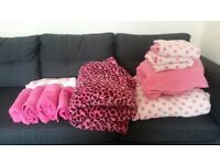 BRAND NEW SLANKET, FLEECE DOUBLE BEDDING & 6 TOWELS