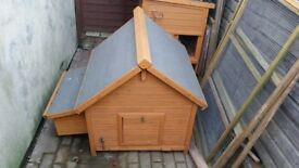 5 chicken coops for sale as new