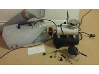 Airbrush kit, compressor, hood and accessories