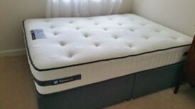 Almost-New Queen Sized Sealy Posturepedic Bed from Dreams