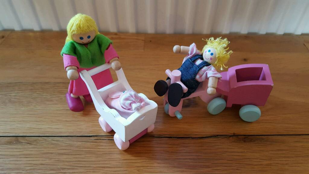 Rosebud mum and children set from Early Learning Centre | in ...