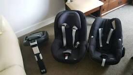 Maxi Cosy CHILD Seats and Isofix base