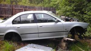 parting out 1998 540i v8 6 speed bmw.
