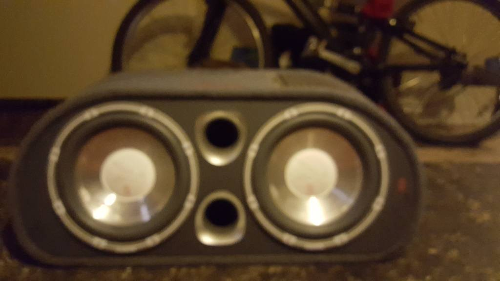 Fli 2400w twin subwoofer with built in amp