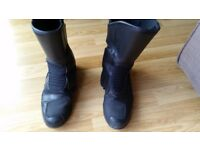 Women's size 5 biker boots