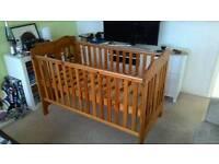 Cot bed adjustable