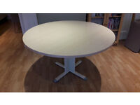 Round kitchen/dining/meeting table