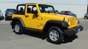 2015 Jeep Wrangler SPORT 4X4 - ONLY 25,500 KMS !!!!!