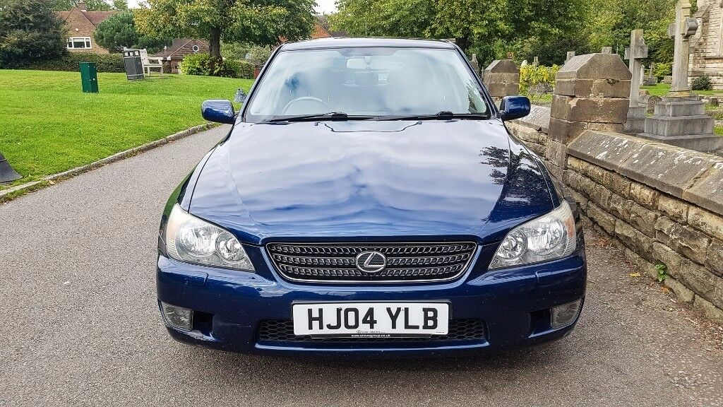 Low Milage 2004 Lexus IS 200 IS200 Sport Manual 6 Months MOT - Only 3 Owners
