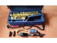 Alto saxophone John Packer with yamaha 4C mouthpiece, sling and case. Great for beginners