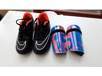 Nike football boots Moldies size 13 matching shinguards
