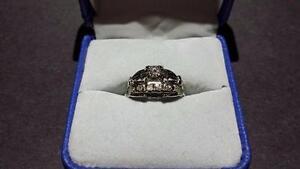 18K Ladies White Gold Diamond Wedding Ring Set
