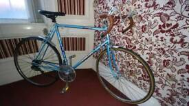"Lovely 1970's Carlton Cyclone Racing Bike 23"" Frame"