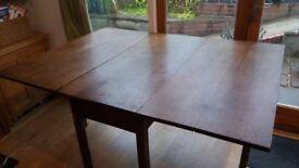 Beautiful vintage gate leg dining table ?oak