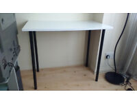 White and black desk in very good condition