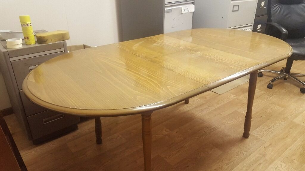 Extendable kitchen dining table with 6 chairs