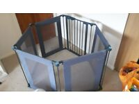 Lindam baby play pen/room diver/fireplace guard