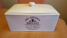 Mrs Appleby's ceramic bread bin